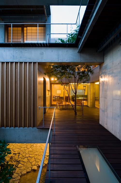 小川重雄写真事務所 ogawa studio house with yamazakura